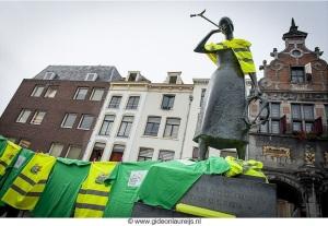 KICD Marieke doet mee aan Keep it Clean Day Nijmegen Grote Markt Foto Gideon Laureijs